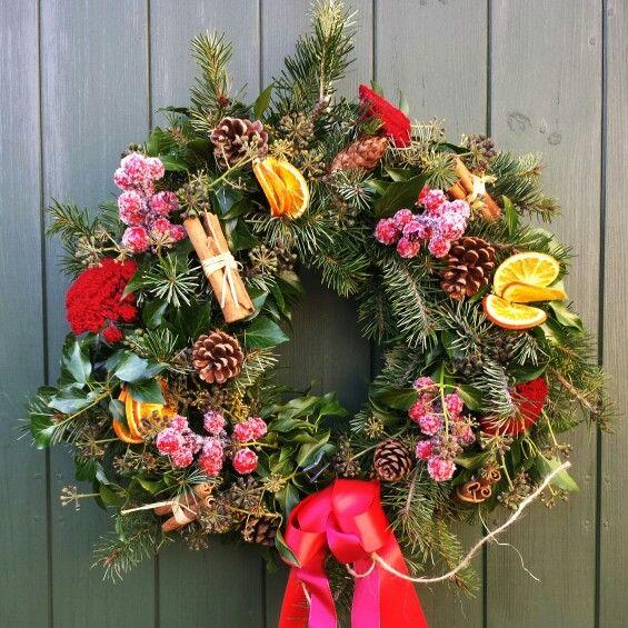 Beautiful Christmas wreath Copyright: ianH photography Http://www.ianh.co.uk #BournemouthWeddingPhotographer