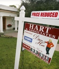 The Obama administration will extend mortgage assistance for the first time to investors who bought multiple homes before the market imploded, helping some speculators who drove up prices and inflated the housing bubble.