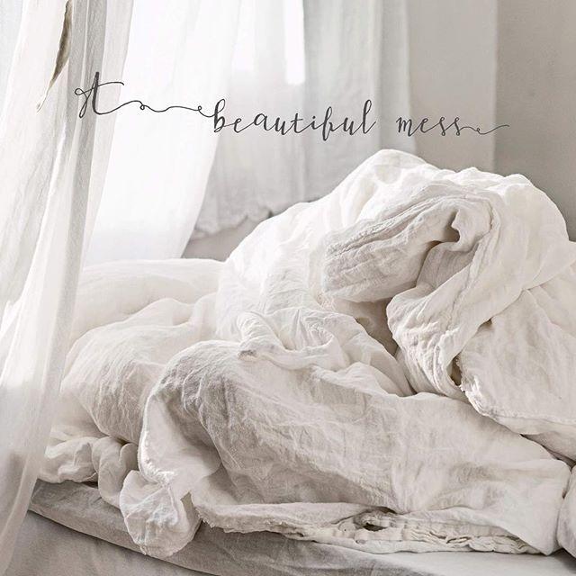 My beautiful linen mess. A cloud to drift away on, hiding dreams. Good night, or good morning, lovelies. | @halemercantileco #vintagepiken #linekay