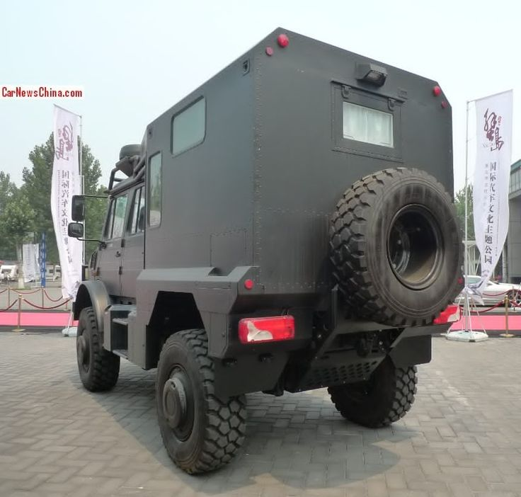 Mercedes Unimog U5000 Turned Into a Camper in China - BenzInsider.com - A Mercedes-Benz Fan Blog
