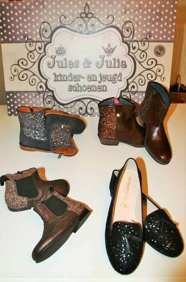 Jules & Julia shoes  Grijze laarsjes Eli maat 25-27 € 81 maat 28-30 € 87 Koper booties Pèpè maat 24-29 € 124 Booties Eli maat 35-40 €138 Loafers Eli maat 35 t.e.m. 40 € 89