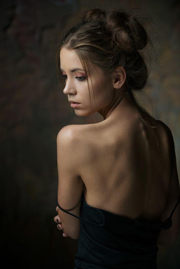 Portrait by Maxim Maximov #xemtvhay