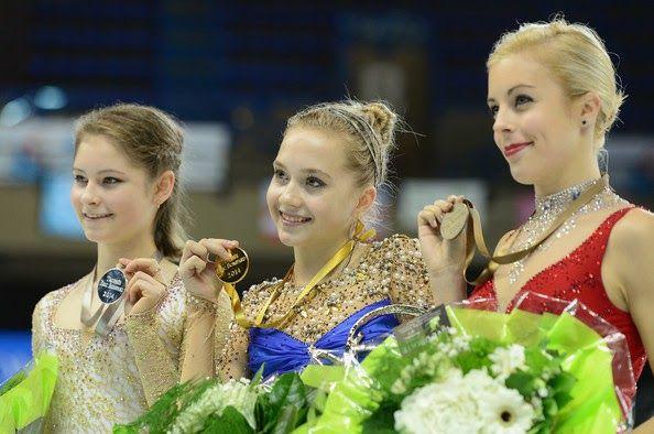 Elena Radionova (🇷🇺), Yulia Lipnitskaya (🇷🇺), and Ashley Wagner (🇺🇸)  2014 Bordeaux