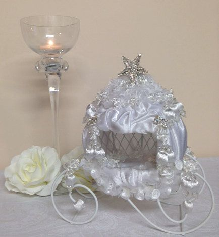Cinderella carriage wedding decoration bridal shower for Baby carriage decoration