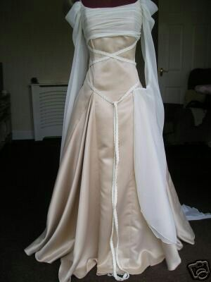 Handfasting dress  #handfasting #wedding #winter could be trimmed with the tartan patern