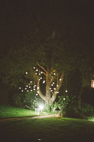 Midsummer Night's Dream wedding ideas | Les Amis Photo | see more on: http://burnettsboards.com/2015/05/midsummer-nights-dream-tuscany-wedding/