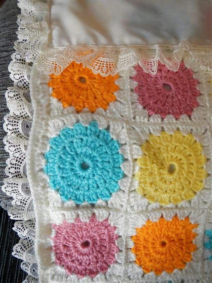 #colcha #cochecito #bebé #baby #handmade #hechoamano #crochet #aplicaciones #patchwork