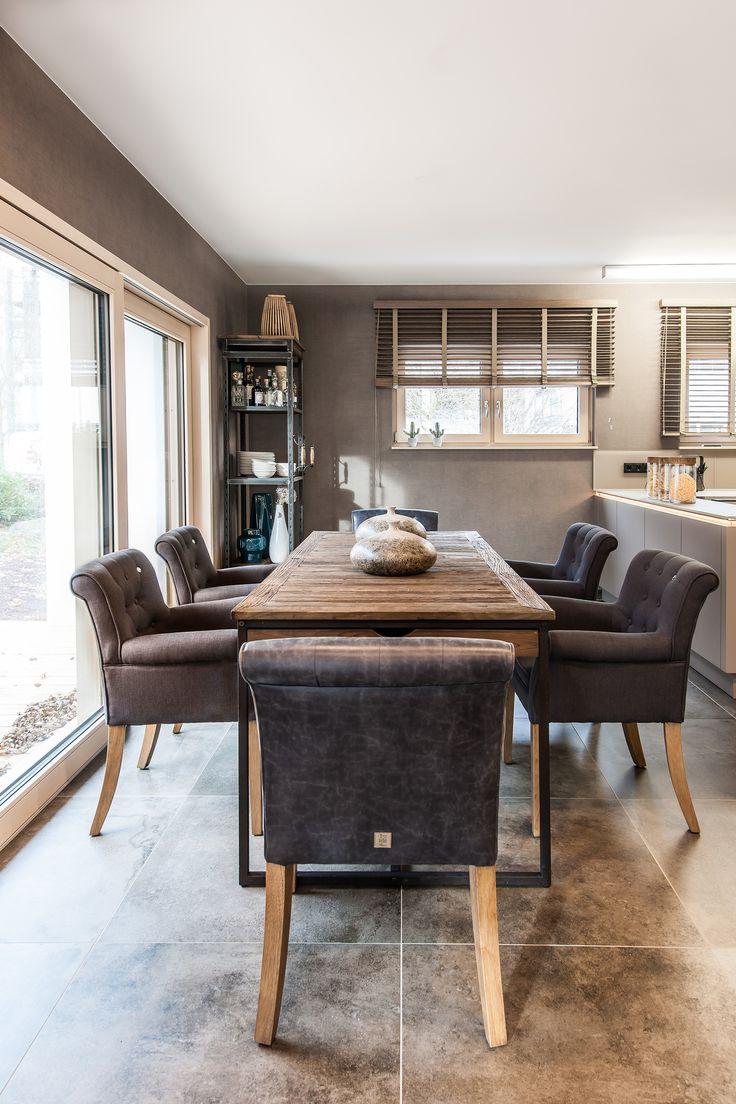 22 best Einfamilienhaus - Großzügiges, modernes Musterhaus| MEDLEY ...