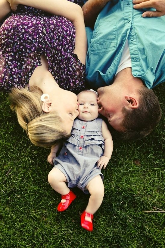 Want this but with big brother & sister kissing new baby :)