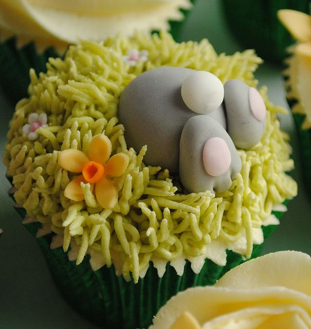 Bottom's Up Easter Bunny Cupcake! | thecustomcakeshop, via Flickr
