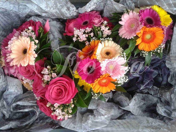 Celá sada svatebních kytic z gerber