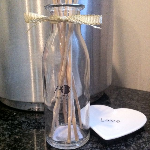 NEW Reed Diffuser - your choice of fragrance - AllGood Living www.allgoodliving.co.nz