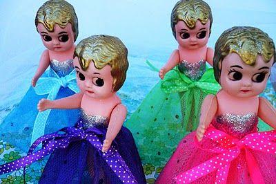 Melbourne Show dolls on sticks