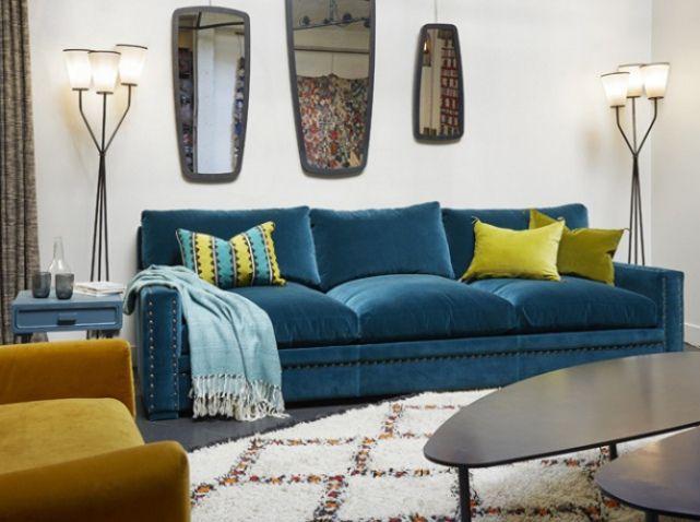 25 best ideas about canap de velours bleu sur pinterest. Black Bedroom Furniture Sets. Home Design Ideas