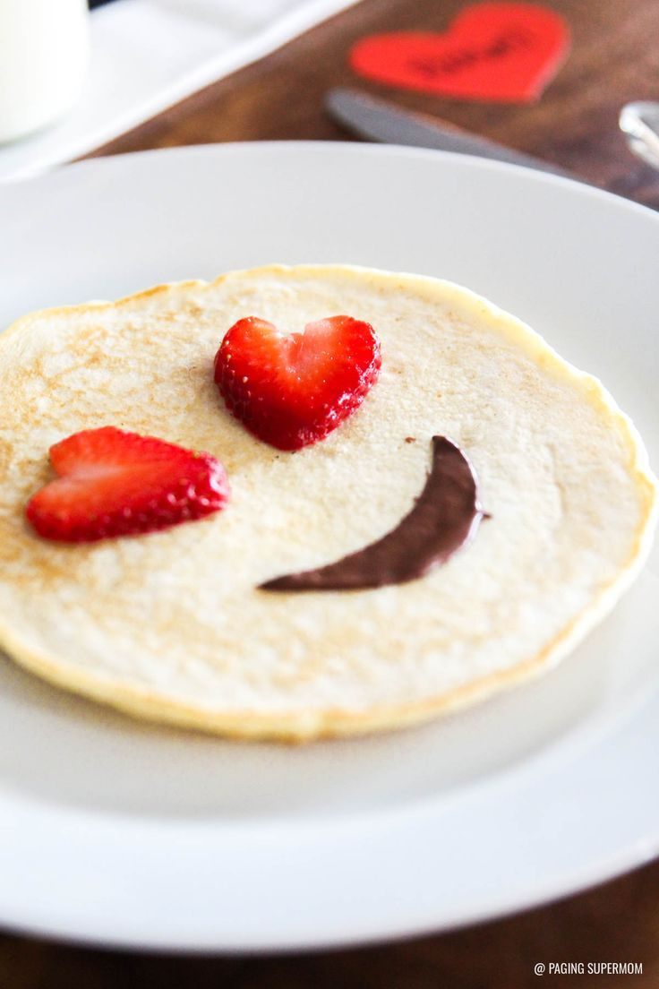 Emoji Valentines Breakfast Ideas Get The Printable Emoji Valentine S Kit Valentines Breakfast Breakfast For Kids Food
