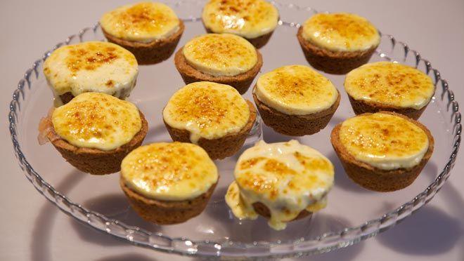 Rabarbergebakjes met crème brûlée - Rudolph's Bakery | 24Kitchen