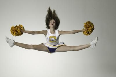 What Exercises Do Competitive Cheerleaders Do? | LIVESTRONG.COM