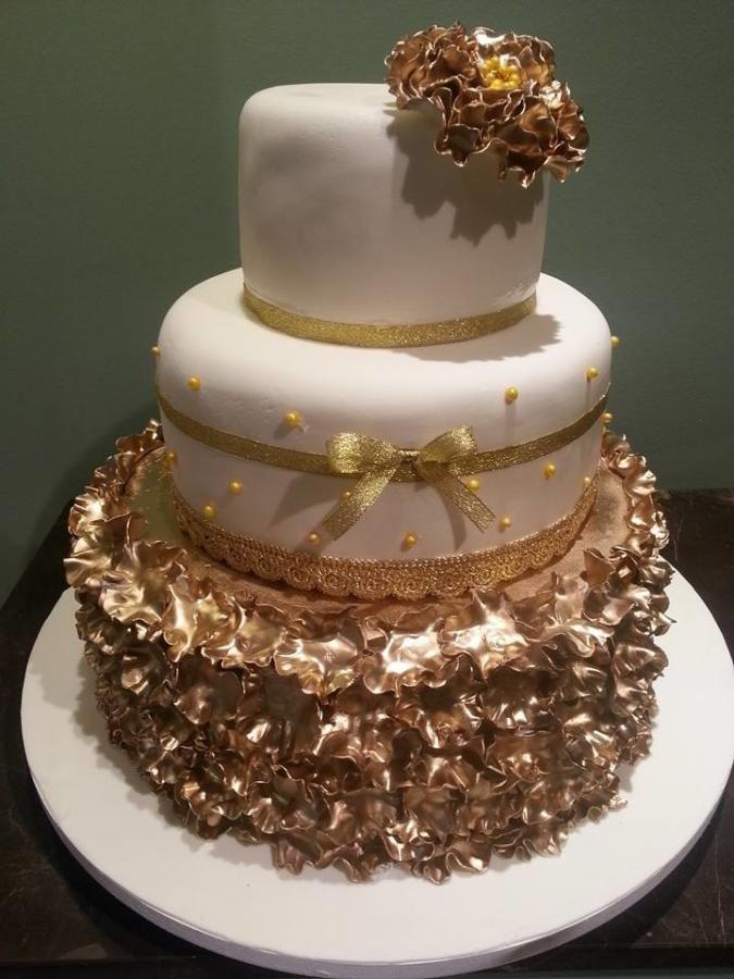 golden wedding cake - Cake by Christina Papadopoulou
