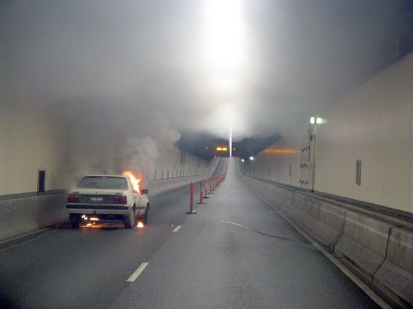 http://staceyagnew.com/tunnel-ventilation-and-underground-fire-life-safety/