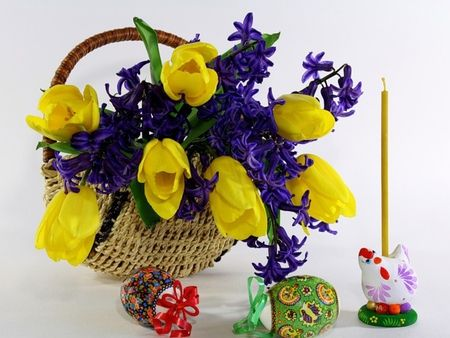 Happy Easter - szép, sárga, sárga tulipánok, romantikus, tulipán, gyönyörű, virág, húsvét, romantika, csokor, színes, tojás, boldog húsvéti gyertya, csendélet, csinos, sárga tulipán, húsvéti tojás, szépség, nyaralás, jácint, tulipán, természet, színek, tojás, fotózás, jácint, kosár, gyertya