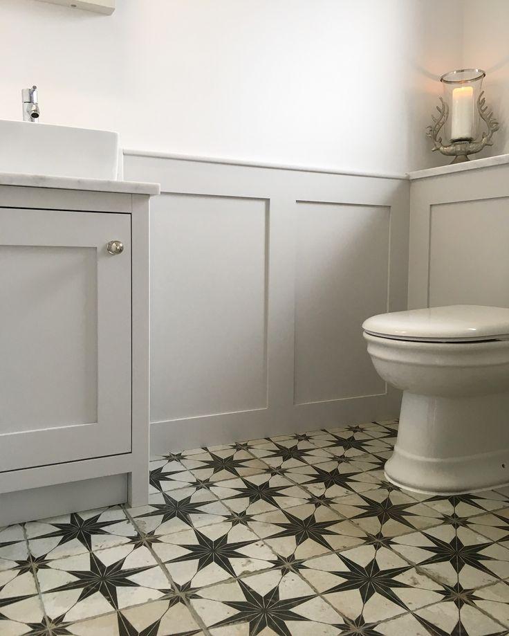 Best 25 funky bathroom ideas on pinterest mediterranean style bathroom design eclectic bath - Cloakroom design ideas home ...