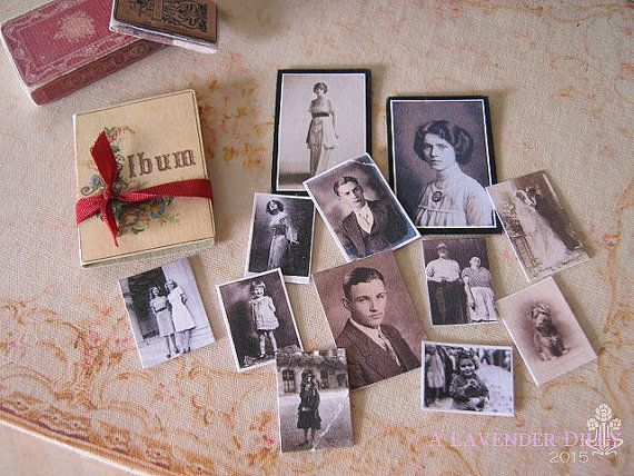 Distressed/Vintage Photo Folder with Photos for Dollhouse
