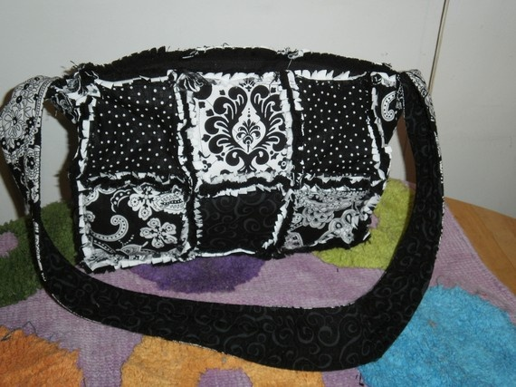 Black and White Rag Quilt Purse w zipper by deltadawndesigns17, $41.00