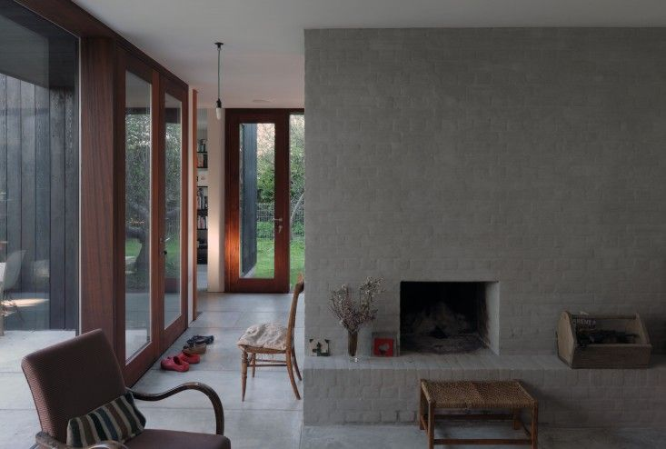 Dow Jones Architects The Sett living room | Remodelista