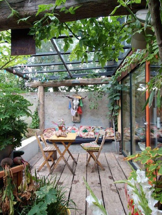Les 25 meilleures id es de la cat gorie toit de patio sur for Idee petite terrasse