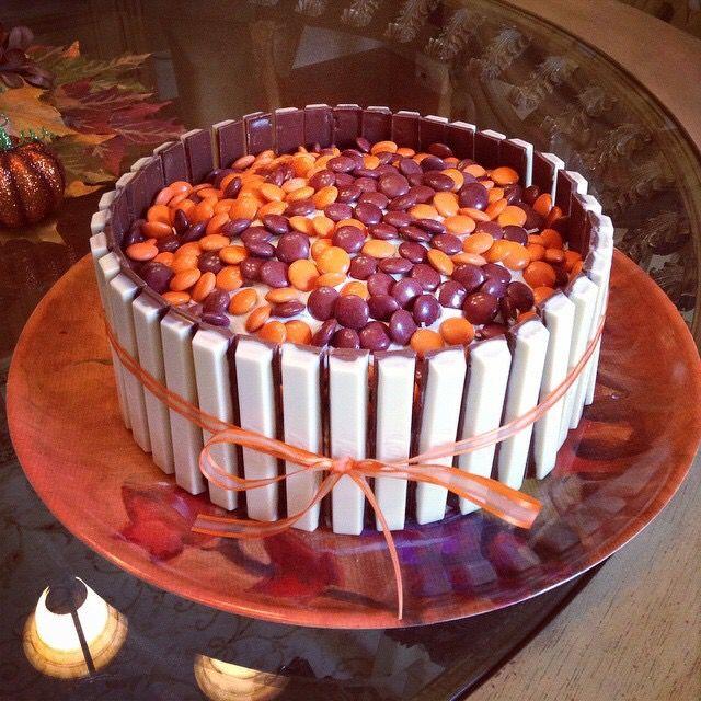 Thanksgiving kit kat smarties cake