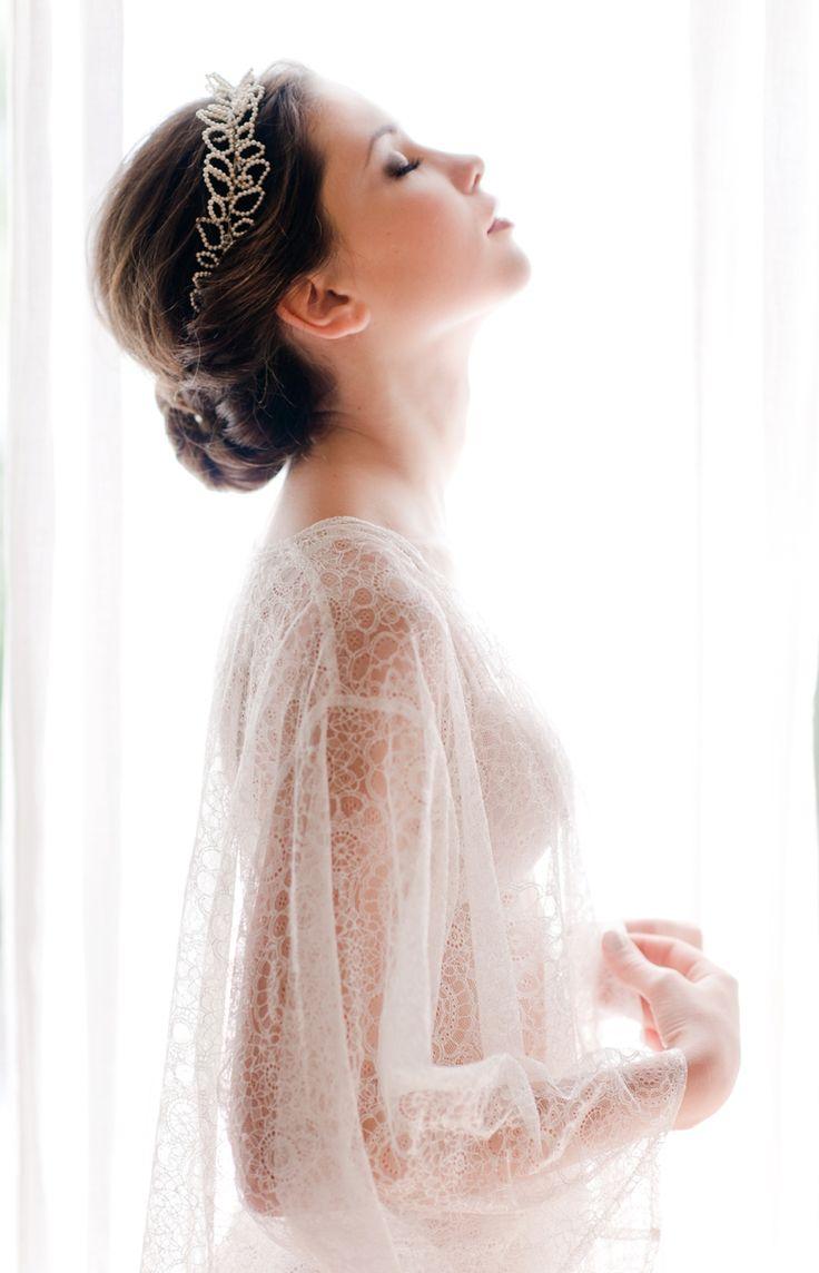 Bridal Boudoir Photos in Tuscany. Bride getting ready.