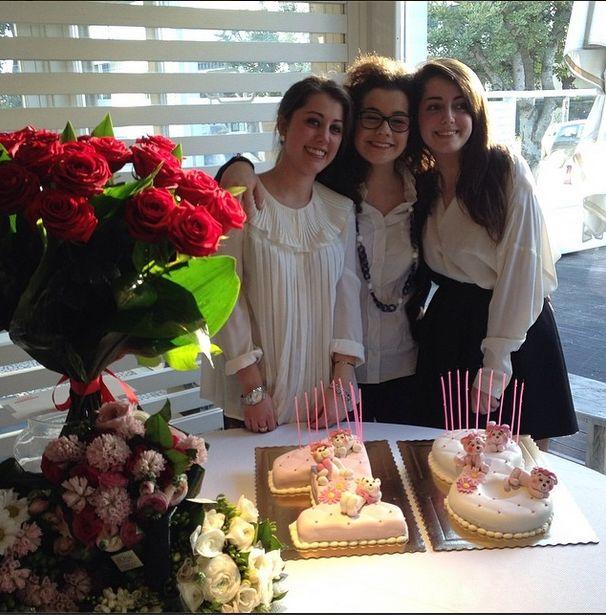 Nel nostro piccolo abbiamo cercato di rendere speciale il 18mo compleanno di Sofia e Cristina.  Auguri ragazze!