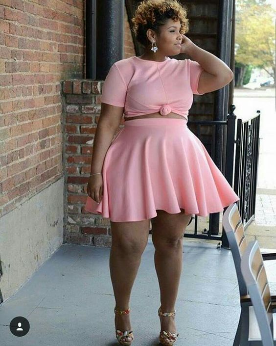 Pretty in Pink!  #slimmingbodyshapers   Great!! Plus size fashion styles / beauty Bbw big beautiful woman with confidence. Curves swag confidence and attitude slimmingbodyshapers.com