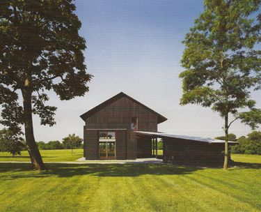 17 best images about modern horse barns on pinterest for Tobacco barn house plans