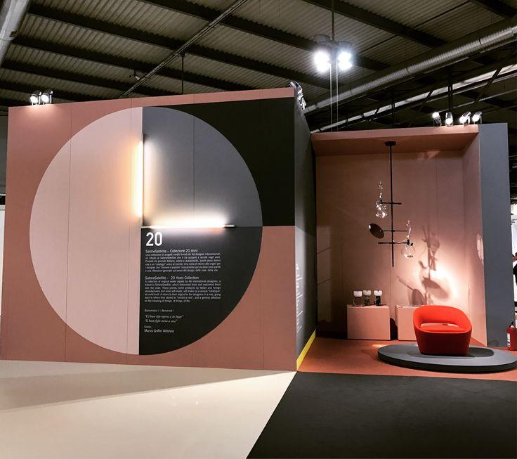 #Salone satellite, rosa grigio e giallo a piccole dosi. Grafica Leonardo Sonnoli.