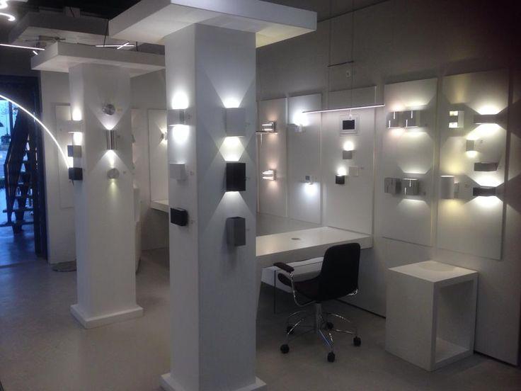 96 best images about showroom winkel interieur verlichting keuken woonkamer slaapkamer. Black Bedroom Furniture Sets. Home Design Ideas