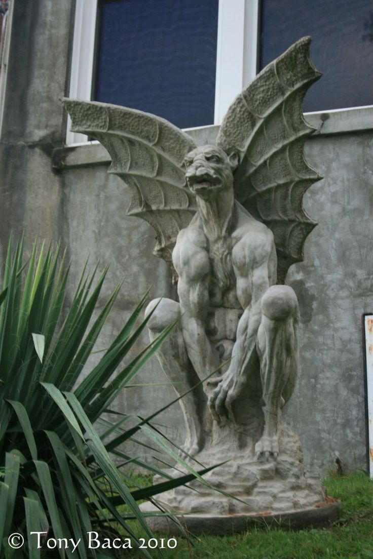 Waverly Hills Gargoyle, at the Waverly Hills Sanatorium in Louisville KY.  Photo: Tony Baca
