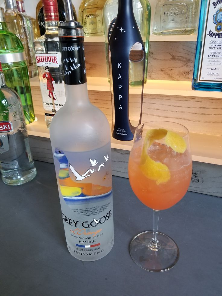 Have a delicious cocktail on our outdoor terrace @riverterraceinn.