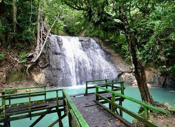 wafsarak waterrfall...west papua