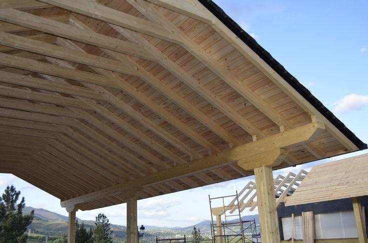 Estructura madera tejado pizarra tejados de pizarra for Tejados de madera y pizarra