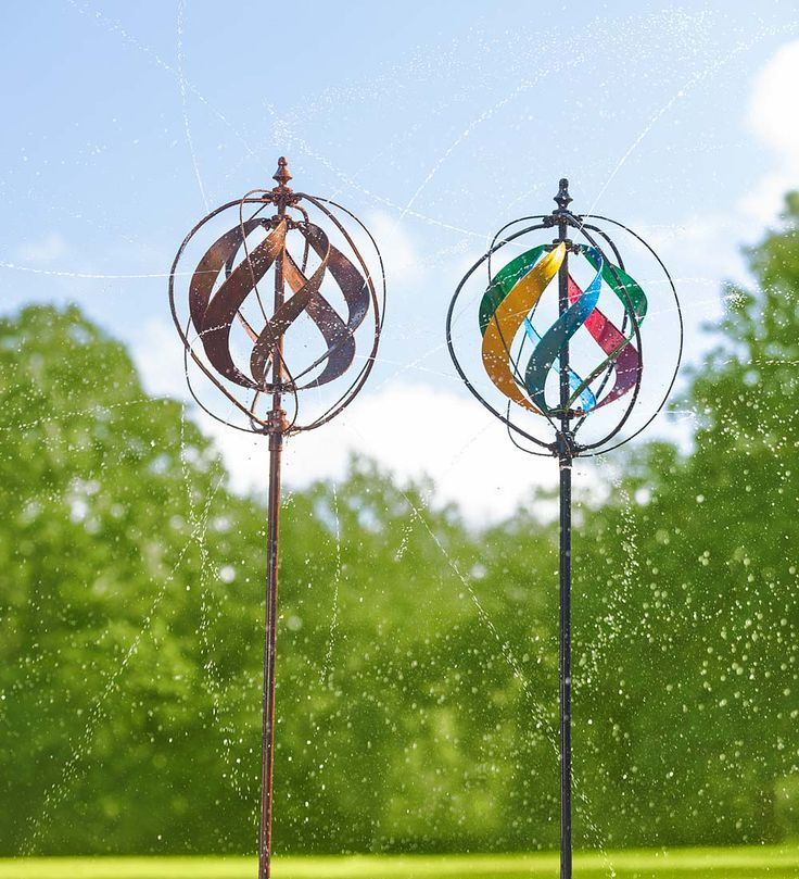 Hydro wind spinner and sprinkler decorative garden for Outdoor wind spinners