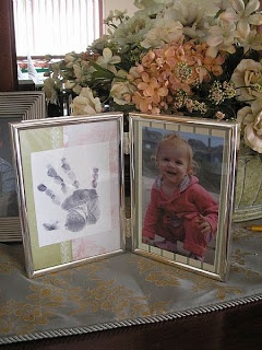 Candace Creations: Handprint craft for Grandma