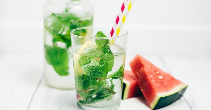 Ein Glas warmes Wasser auf nüchternen Magen? Diese Getränke sind noch viel effektiver, wenn du abnehmen willst. Mehr auf Elle.de