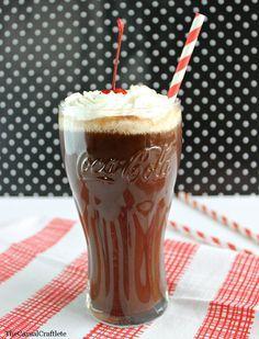 Vintage Chocolate Coke   #chocolatecoke #drinkrecipe #cokerecipe #chocolate #summer