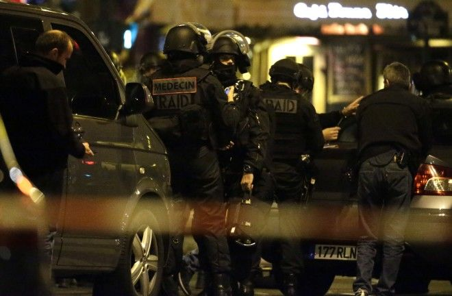 Following the Paris Attacks From Benjamin Cazenoves Facebook Feed