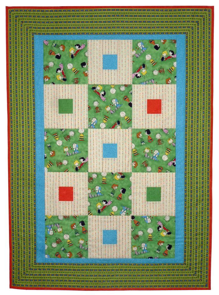 """Одеяло """"Забавная полянка"""" 120х86 см. 100% хлопок. Забавные человечки играют и веселяться на зеленой полянке. Одеялко будет радовать вашего ребенка. Отличный подарок"""