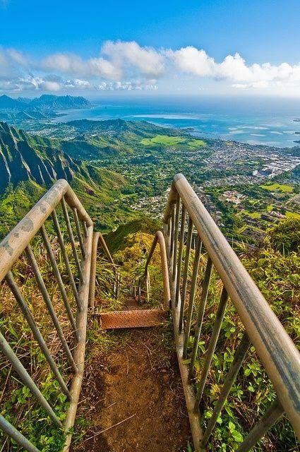 Haiku Stairs, Oahu, Hawaii                              …