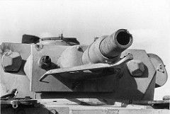 Panzer IV mit Treffer am Geschütz (7,5 cm KwK/L24)