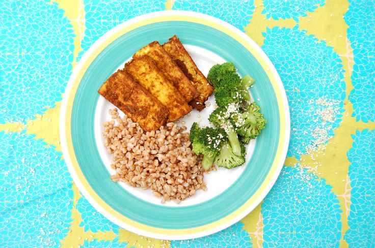 Staying Committed When Shit Gets Hard + Whole-Food Plant-Based Curry Tofu with Farro and Broccoli - Clean Food Dirty Girl