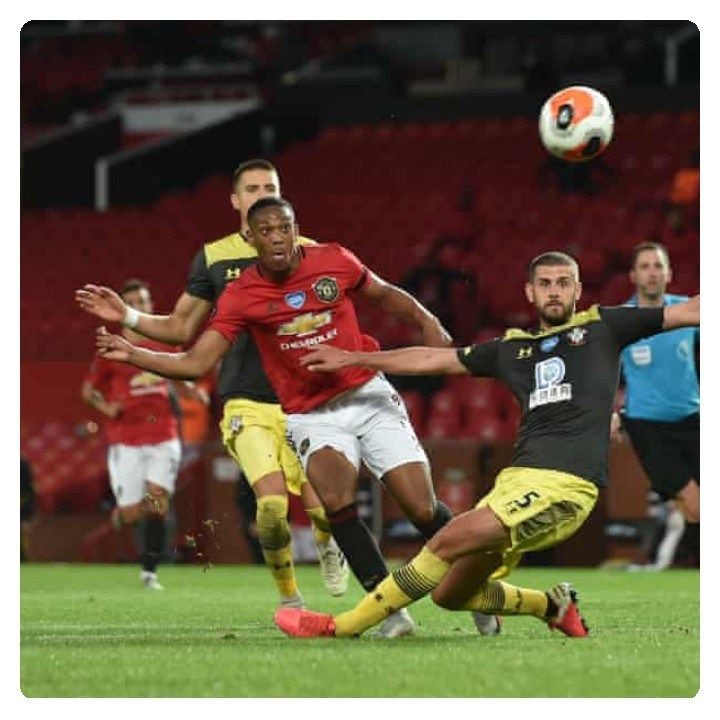 Man Utd Vs Southampton 2 2 Highlights Download Video In 2020 English Premier League Football Highlight Man
